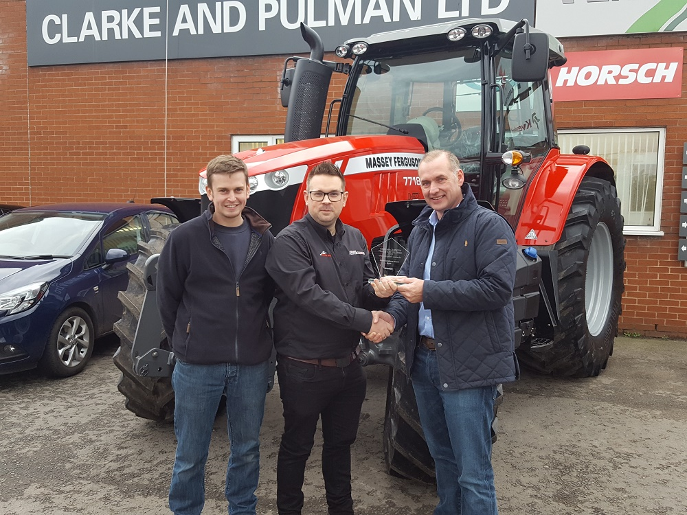 Dealer Excellence Award for Clarke and Pulman