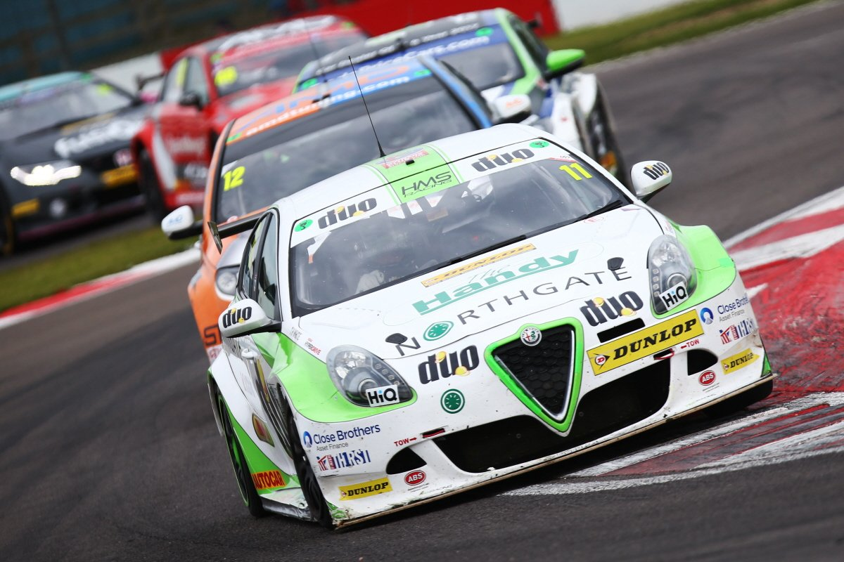 Mixed BTCC weekend for HMS Racing at Donington